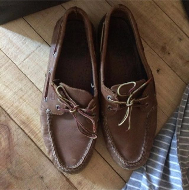 SPERRY AUTHENTIC