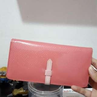 Dompet Pink Bangkok Thailand