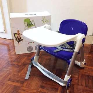 英國 Flippa Dining Booster 折疊式兒童餐椅 紫色 餐桌 攜帶式