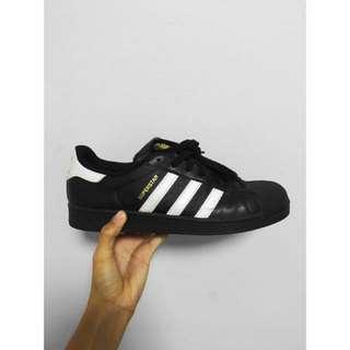 Pre Loved Adidas Superstar