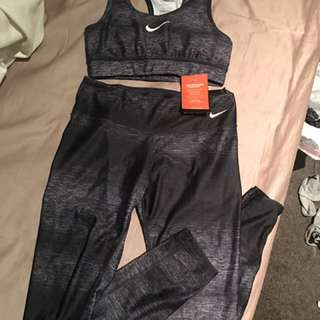 Nike Bra And Legging Set Size Small