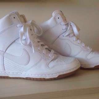 White Nike hi-dunk wedges