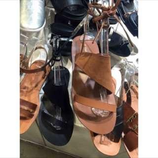 正韓眾樂樂shin轉賣綁帶涼鞋