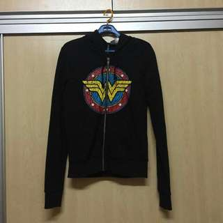 H&M Wonderwoman Sweater