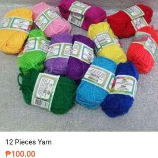 Multicolored Yarn Set