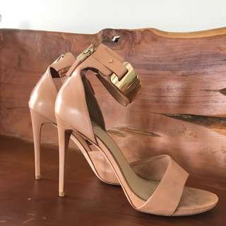 Marciano gold cuffed shoes - size 8