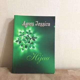 Novel Hijau - Agnes Jessica