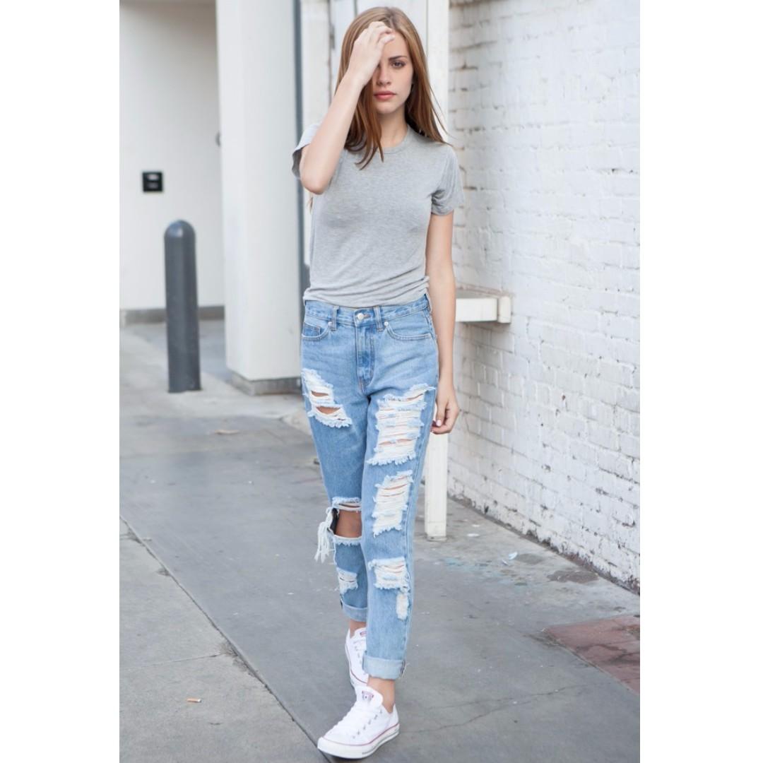 b891fd67d31 ☀️24H FLASH SALE☀ BRANDY MELVILLE DISTRESSED BOYFRIEND JEANS, Women's  Fashion, Clothes, Pants, Jeans & Shorts on Carousell