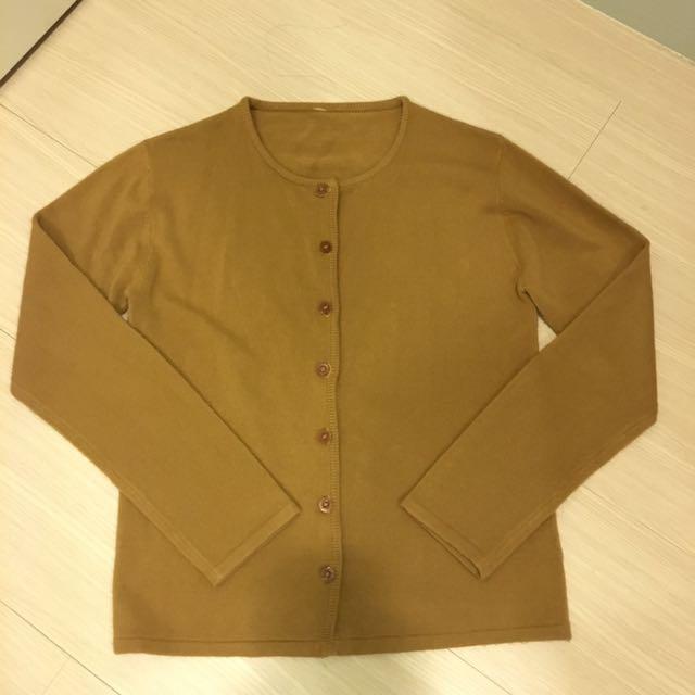 駝色針織罩衫外套