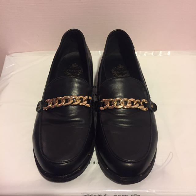 俏皮金鍊紳士鞋