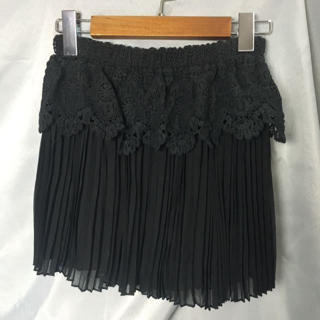 蕾絲雪紡百摺短裙