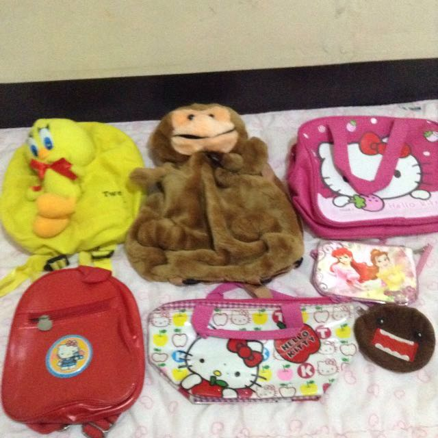 Assorted children's mini bag