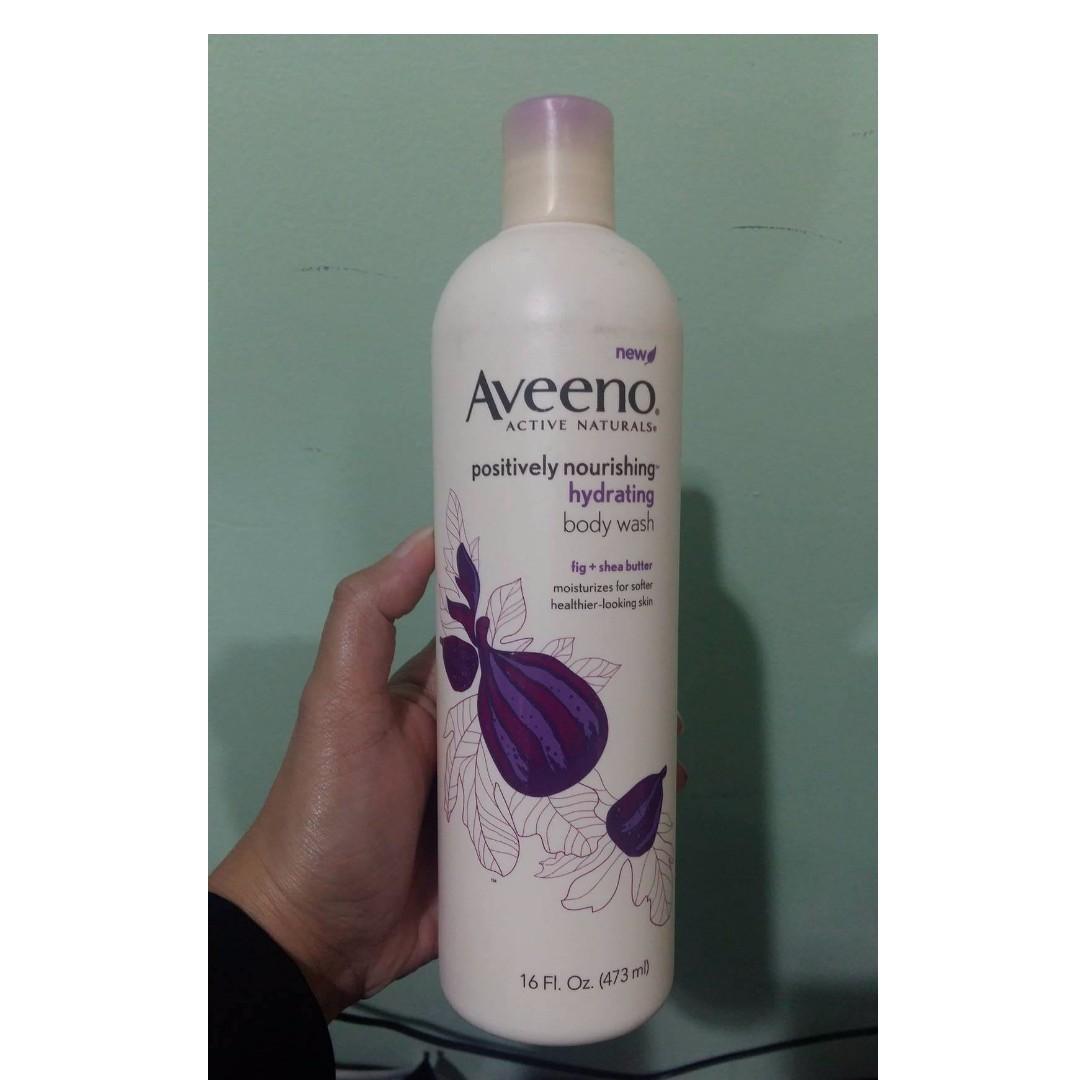 SALE* 50% OFF Aveeno hydrating body wash