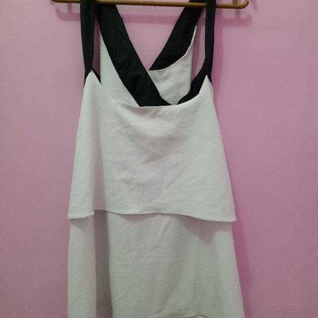 Baju Silang Putih