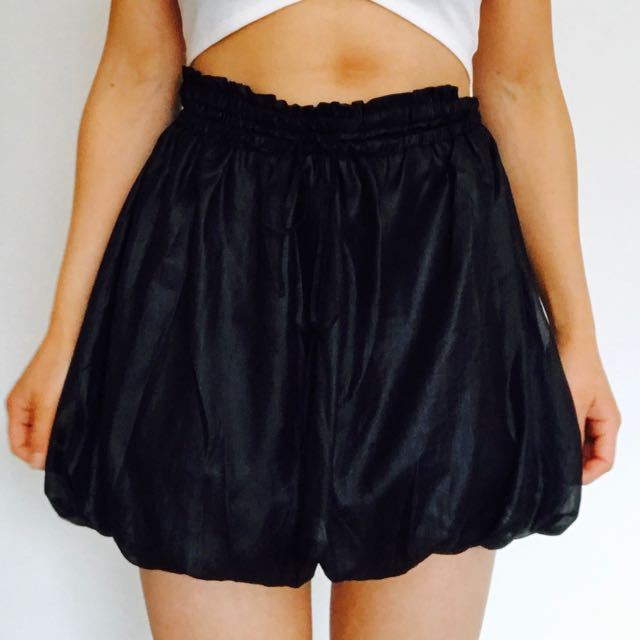 Black grunge bubble skirt