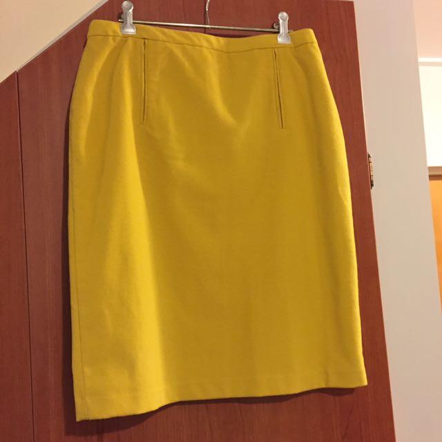 Business work skirt yellow Jane Lambert Size 10 never worn