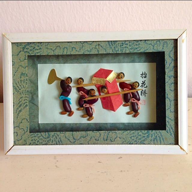 China Handmade Souvenir抬花桥