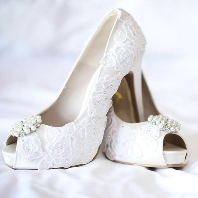ChristyNg wedding heels with swarovski diamond (custom made ... 1460d6dbfe