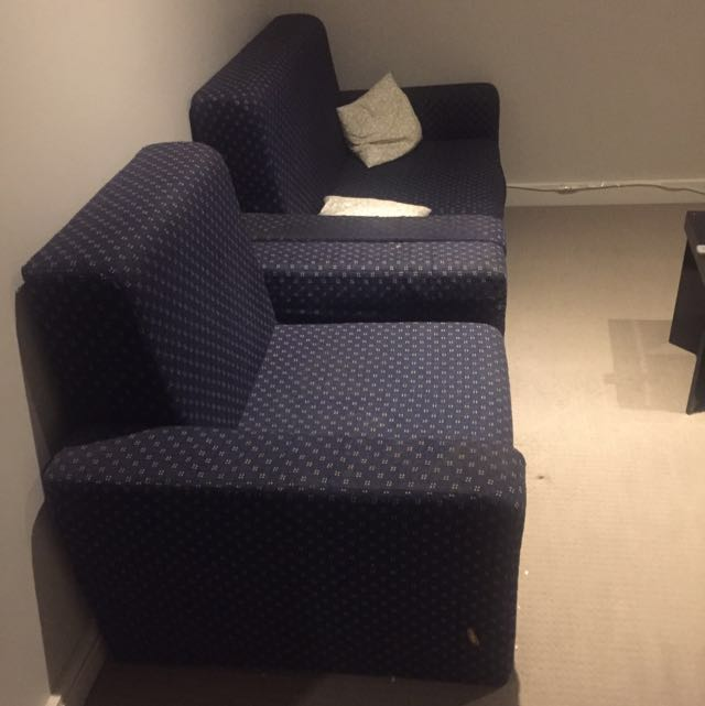 Double sitting couch
