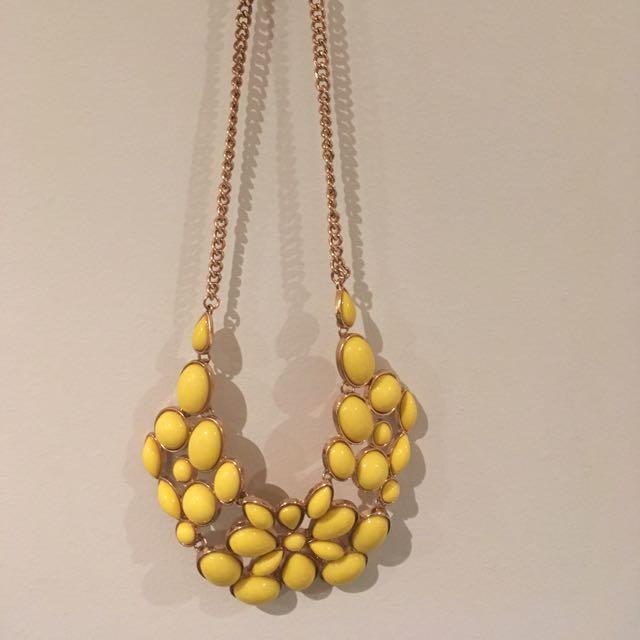 Fashion Necklace - yellow stones