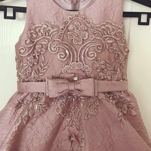 8124edc3e6 Flower girl dress rent  sale
