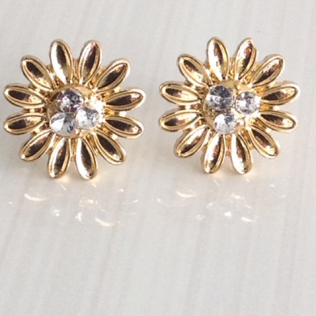 Golden Flower Crystal Stud Earrings
