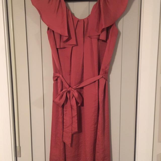 Jacqui-E dress size 8