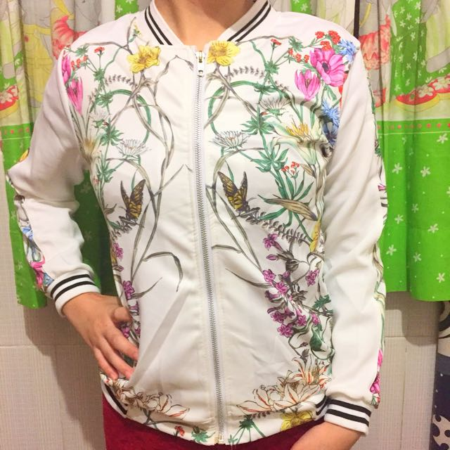 Jaket Blooming White