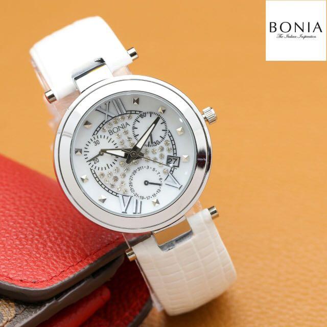 Jam tangan wanita mewah