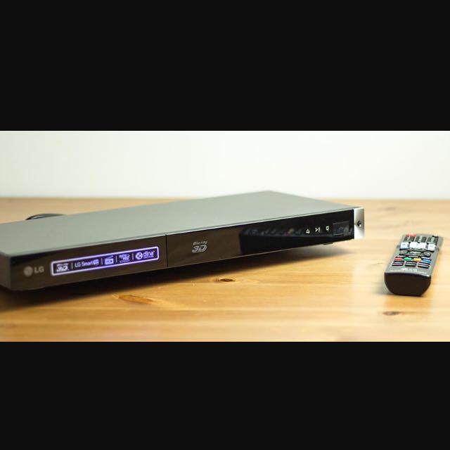 LG network 3D Blu-Ray Disc/DVD player BP420