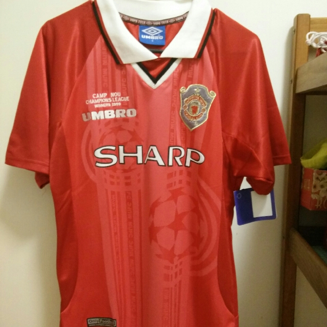 b2739e30b Price Reduced! Manchester United 1999 Champions League Jersey (Men s ...