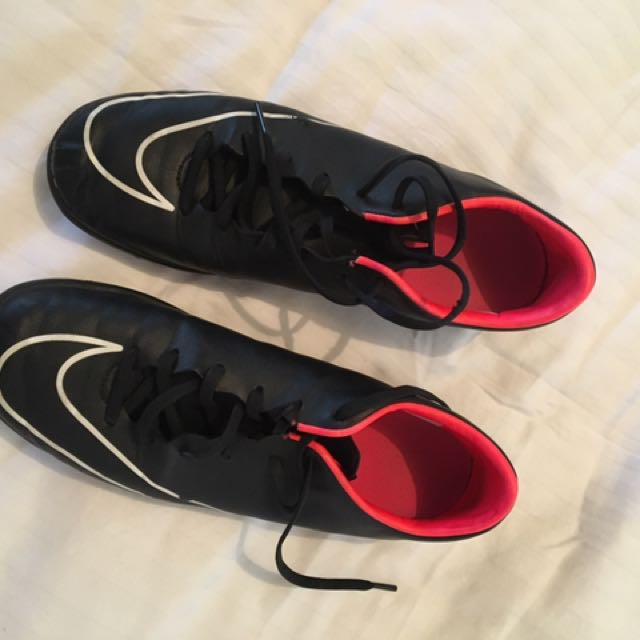 Nike Futsal/Indoor Soccer shoes