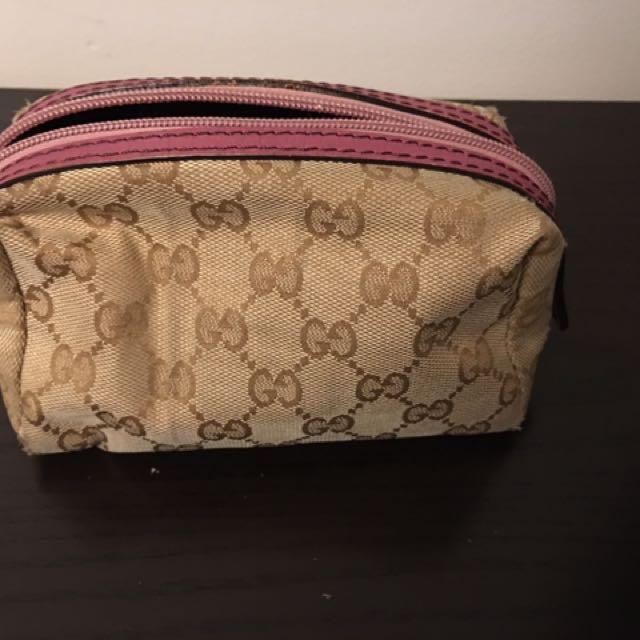 Replica Gucci pouch