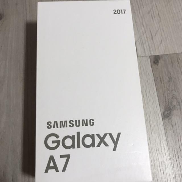 Samsung Galaxy A7 2017 Black Sky