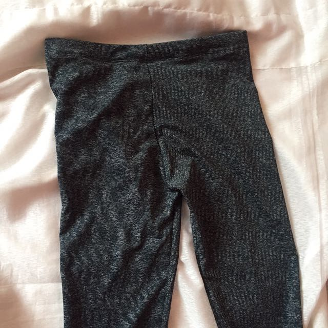 SEXY LEGGINGS (Never worn)