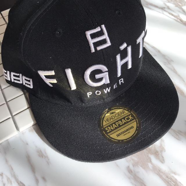 Sexydiamond 黑色英文字FIGHT嘻哈棒球帽
