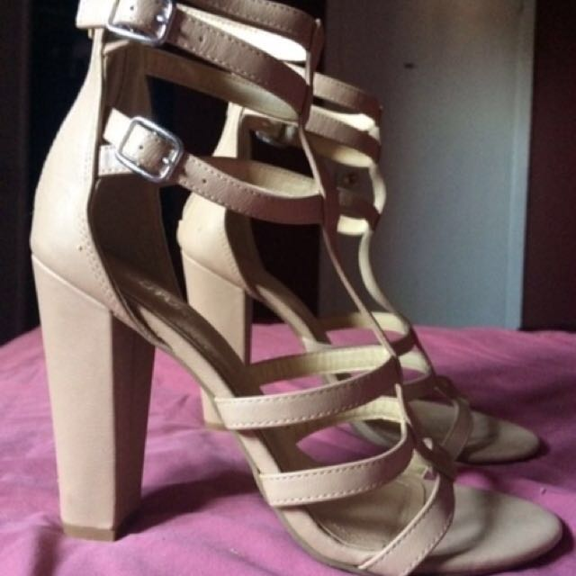 size 8 club couture nude sandal heels