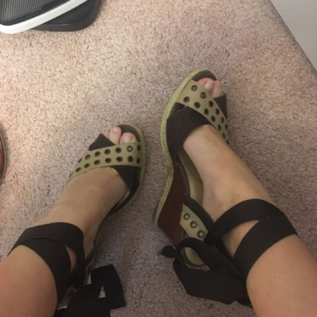 Sports girl Wedges