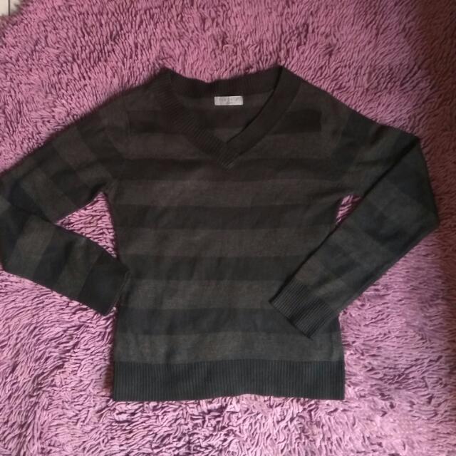 Theoria Sweater