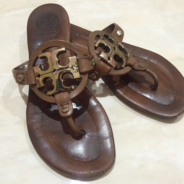 Tory Burch Slippers in Brown