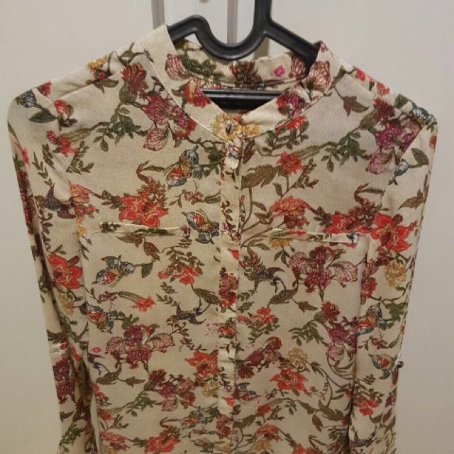 Very nice top! Preloved size S