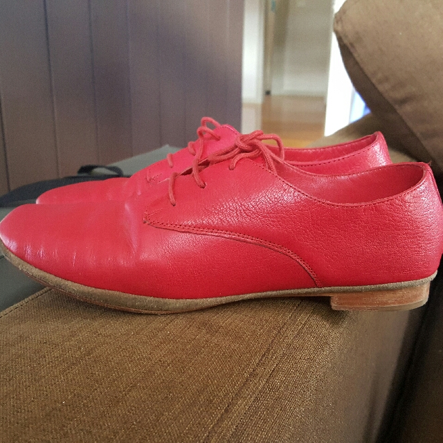 Wittner  - Almost NEW Leather Oxfords Size 40