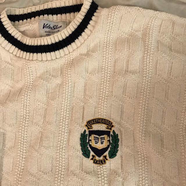 YALE Cable Knit Sweater