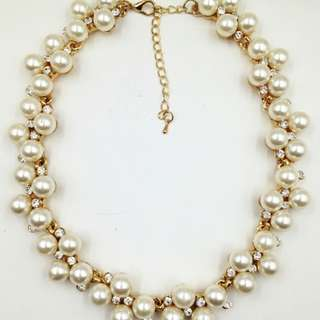 Pearl And Rhinestone Necklace PERFECT FOR BRIDAL