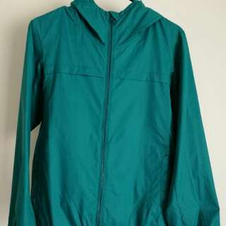 UNIQLO Lightweight Packable Jacket Sea Green