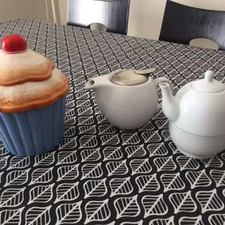 Tea pots and Cup Cake Jar
