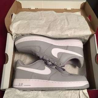 Nike Air Force 1 sz8 deadstock