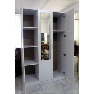 Brand new 3 door combo wardrobe for sale!!!