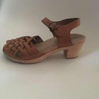 Nina z clog sandal