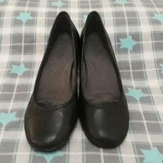 SALE! 🎉 Aerosole Black Shoes